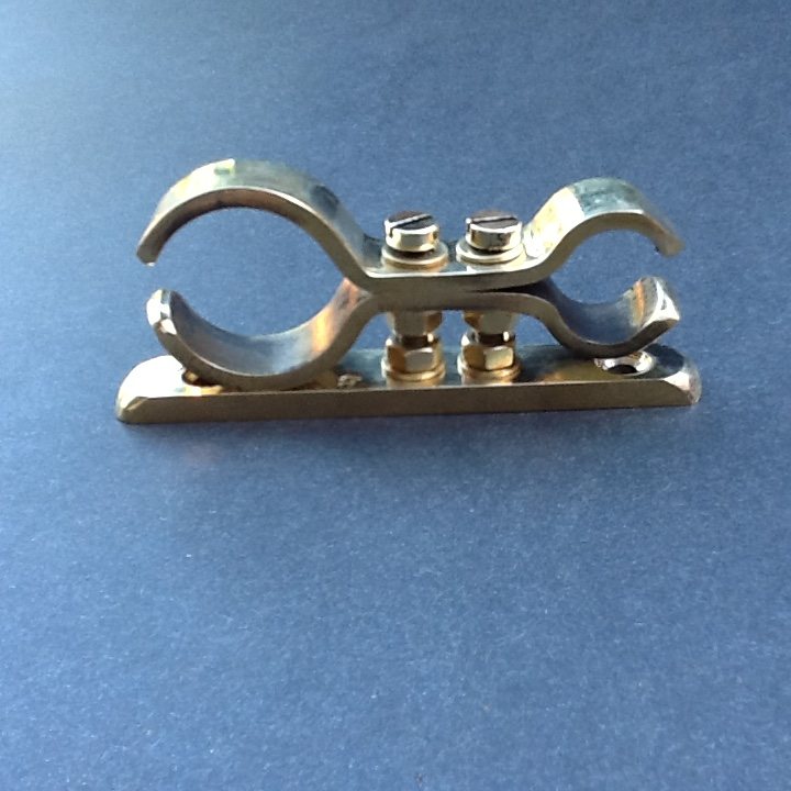 Brass pipe clamp bracket solid mm double ports
